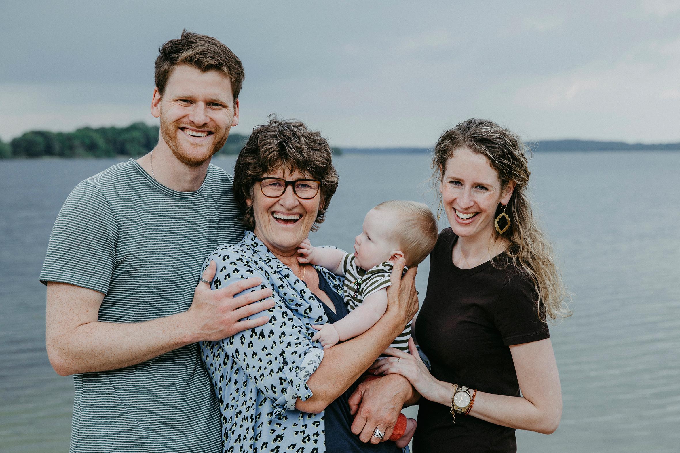 Familienfotos_Familienshooting_Schaalsee_G10